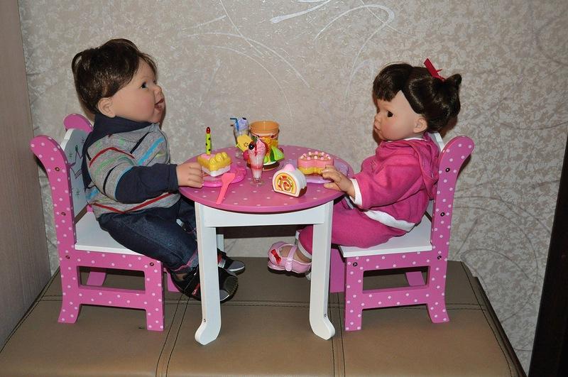 454Как сделать стол и стул для кукол
