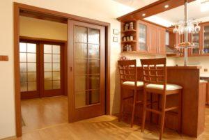 Раздвижная дверь для кухни