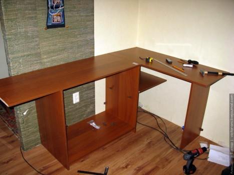 Как обновить компьютерный стол своими руками