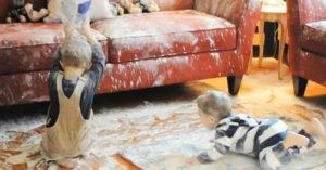 почистить диван от пятен