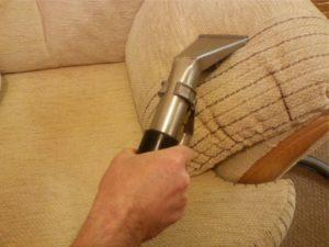 почистить диван содой и уксусом