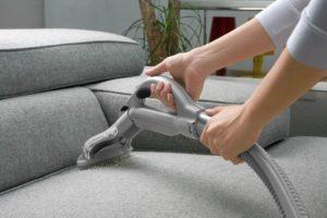 почистить мягкую мебель