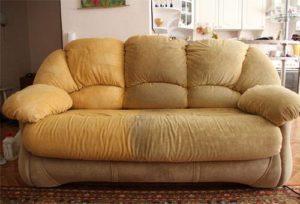 почистить диван из ткани