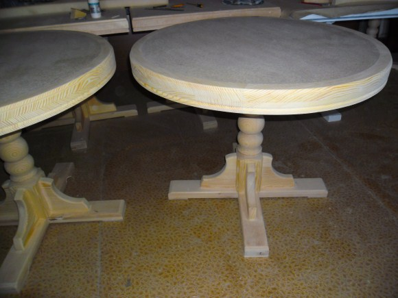 Круглый стол кухонный своими руками 8