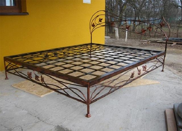 металлическая кровать своими руками пошаговая видеоинструкция