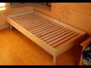 Простая кровать