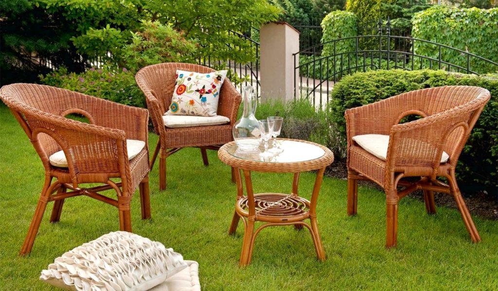 Садовая мебель: виды и особенности